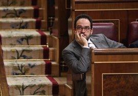 PSOE urge a Ana Pastor a convocar el Pleno para votar ya los miembros de la Comisión de Secretos