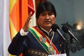 """Evo Morales lamenta que haya """"muros para pobres"""" y no para evitar """"saqueos"""" de recursos"""