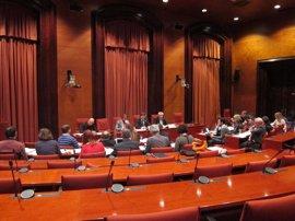 El Parlament saca adelante el dictamen de los Presupuestos 2017 con los acuerdos JxSí-CUP