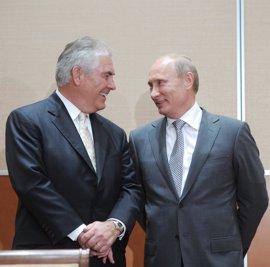 Rusia confía en tener los primeros contactos con Tillerson en Alemania en febrero