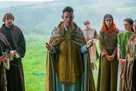 """Vikings despide su 4ª temporada con una muerte que provocará """"la guerra mundial"""""""
