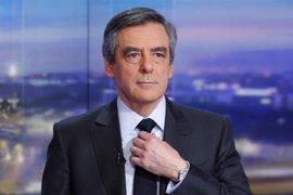 El 69% de los franceses quieren que Fillon renuncie a ser candidato presidencial