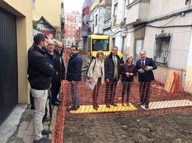 García inspecciona obras del Plan Invierte en Algeciras, con 268.000 euros de inversión