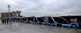 La EMT incorpora 15 nuevos autobuses articulados con una inversión de 4,5 millones de euros