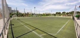 Afectados por el cierre de las instalaciones de fútbol y pádel del Canal en Chamberí se manifestarán mañana