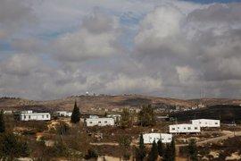 La Policía israelí evacua a los últimos colonos del asentamiento de Amona