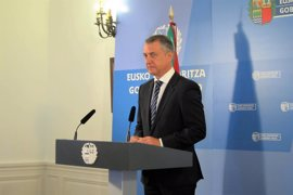"""Urkullu llama """"la atención"""" a Rajoy por su """"dejación"""" ante las necesidades de los vascos"""