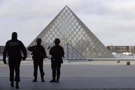 Detenido un segundo sospechoso por el ataque en el Louvre
