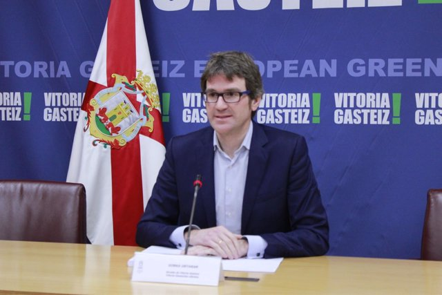 Gorka Urtaran, en rueda de prensa