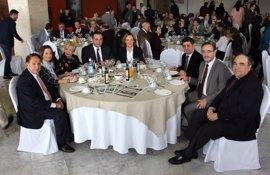 La Junta anima a aprovechar el tirón del aceite de oliva fuera de la UE para ganar mercado
