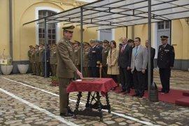 El coronel Carlos Ángel Echevarría toma posesión como delegado de Defensa en Andalucía