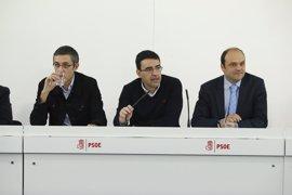 """Catorce exministros socialistas trabajarán en la ponencia para el Congreso del PSOE que servirá como """"guía de oposición"""""""