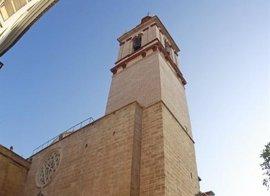 """El párroco de San Nicolás espera que """"llegue una palabra de diálogo"""" del Ayuntamiento sobre las campanas"""