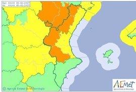 El interior de Valencia y Castellón se mantienen este sábado en alerta por rachas de viento de más de 80 km/h