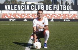 Orellana se estrena en la lista del Valencia ante el Eibar