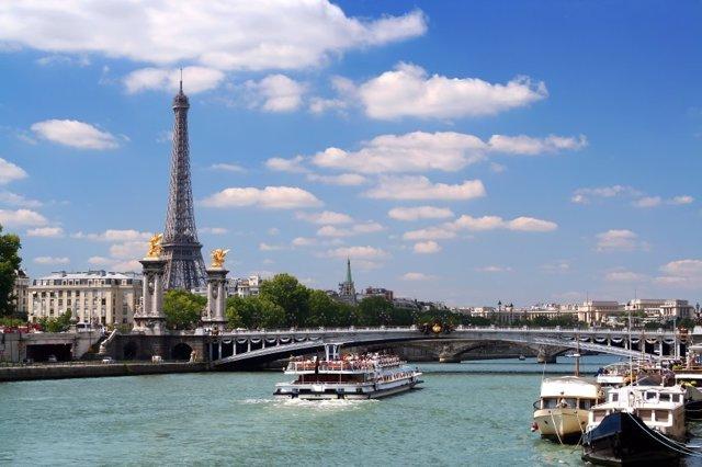 La cara 'oscura' de la capital francesa se deja ver en el Paris Face Cachée