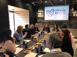 """Gamarra destaca en Vitoria que """"nuestras ciudades están llenas de oportunidades; solo necesitan equipos fuertes"""""""