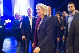 """Le Pen abre la campaña de las presidenciales con la promesa de """"libertad"""" para Francia"""