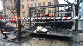 Un incendio destruye una churrería ambulante en Zuera (Zaragoza)