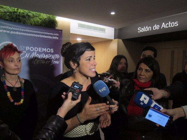 Teresa Rodríguez Durante La Presentación De La Li