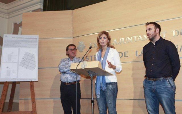 """La alcaldesa destaca el """"cambio integral"""" en el barrio"""