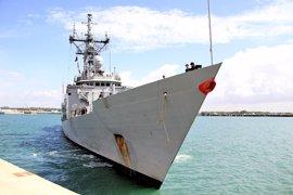 La fragata española 'Canarias' rescata a unos 490 inmigrantes frente a la costa libia