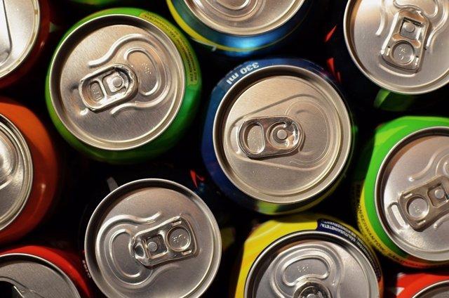 Latas de refrescos, bebidas