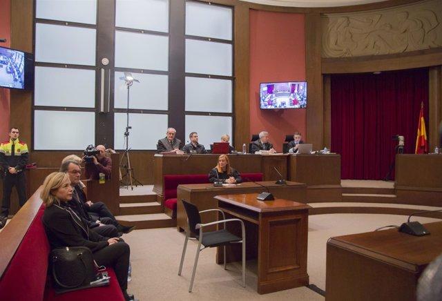Vista de la sala del juicio a A.Mas por la consulta del 9N