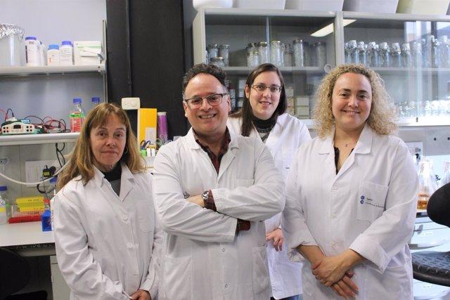 Investigadores del Instituto de Biomedicina de Universidad de Barcelona