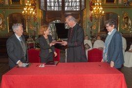 UN y Catedral de Pamplona firman actualizar y difundir el patrimonio histórico musical del Cabildo