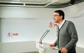 """El PSOE exige a las autoridades catalanas que respeten la ley y piden abordar con diálogo """"cualquier proceso político"""""""