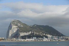 El alcalde de La Línea se reúne con Picardo en Gibraltar para abordar el 'Brexit'