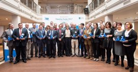 29 municipios reciben las 'Pajaritas Azules 2017' por su excelencia en la gestión en la recogida de papel y cartón
