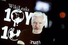 """Assange insta a Suecia y Reino Unido a """"hacer lo correcto"""" y dejarlo libre"""