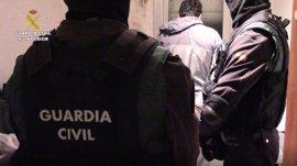 Detenidos en Badalona (Barcelona) dos marroquíes acusados de adoctrinamiento y captación yihadista