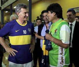 Macri invita a Morales a un partido de fútbol para aliviar la tensión por la migración