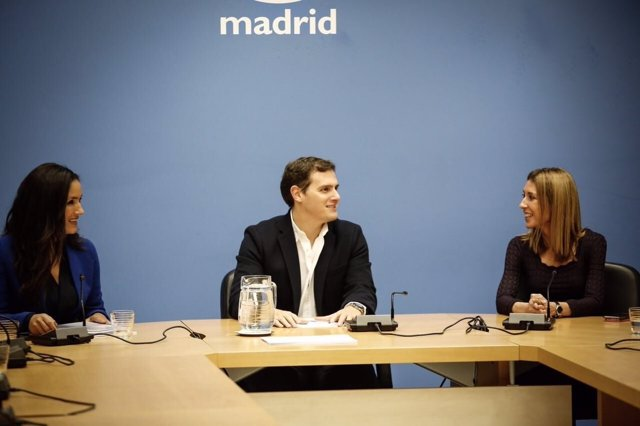 Albert Rivera se ha reunido con Begoña Villacís en la Asamblea de Madrid