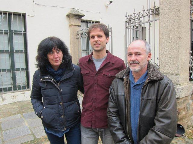 ÞÁlvaro Jaén, Consuelo López e Ildefondo Calvo, de Podemos
