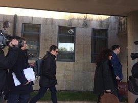 Citan a los dos altos cargos del Sergas por el caso de la Hepatitis C ahora como investigados por homicidio imprudente