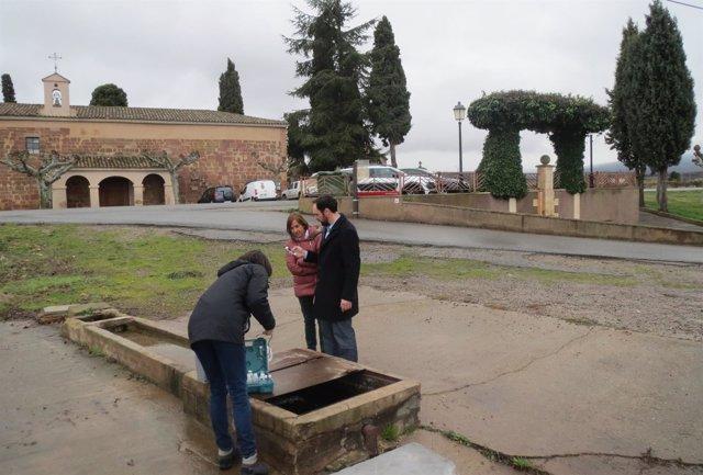 Infante en la fuente de Santa María de Navarrete
