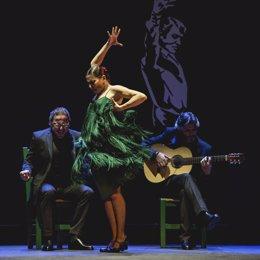 Sara Baras en plena actuación de su último espectáculo 'Voces'