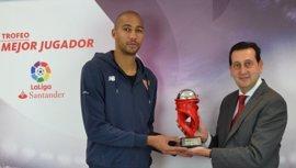 N'Zonzi y Berizzo, mejor jugador y mejor entrenador de enero en LaLiga