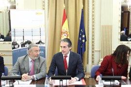 """El Gobierno ve """"indispensable"""" aprobar las cuentas de 2017 para el convenio de carreteras de Canarias"""