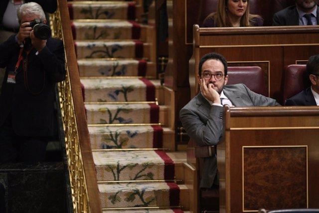 Antonio Hernando en la sesión de control al Gobierno en el Congreso