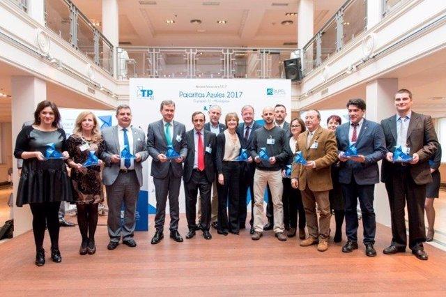 Premiados en la primera edición de 'Pajaritas Azules Tu Papel, 21 Municipios'