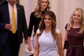 Melania Trump zanja con un acuerdo una demanda por difamación contra una bloguera