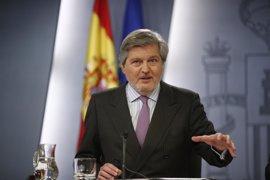 Méndez de Vigo anuncia que los becarios españoles cobrarán la parte variable de su beca a partir de marzo