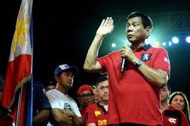 El expresidente de Colombia César Gaviria advierte a Duterte sobre su 'guerra contra las drogas'