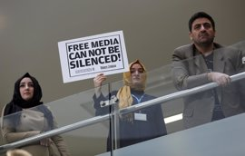 """La """"caza de brujas"""" convierte a Turquía en """"la mayor prisión del mundo"""" para periodistas"""