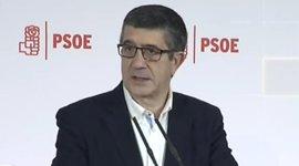 """Patxi López avisa a los independentistas de que incumplir la ley apelando a la democracia es """"atacar la democracia"""""""